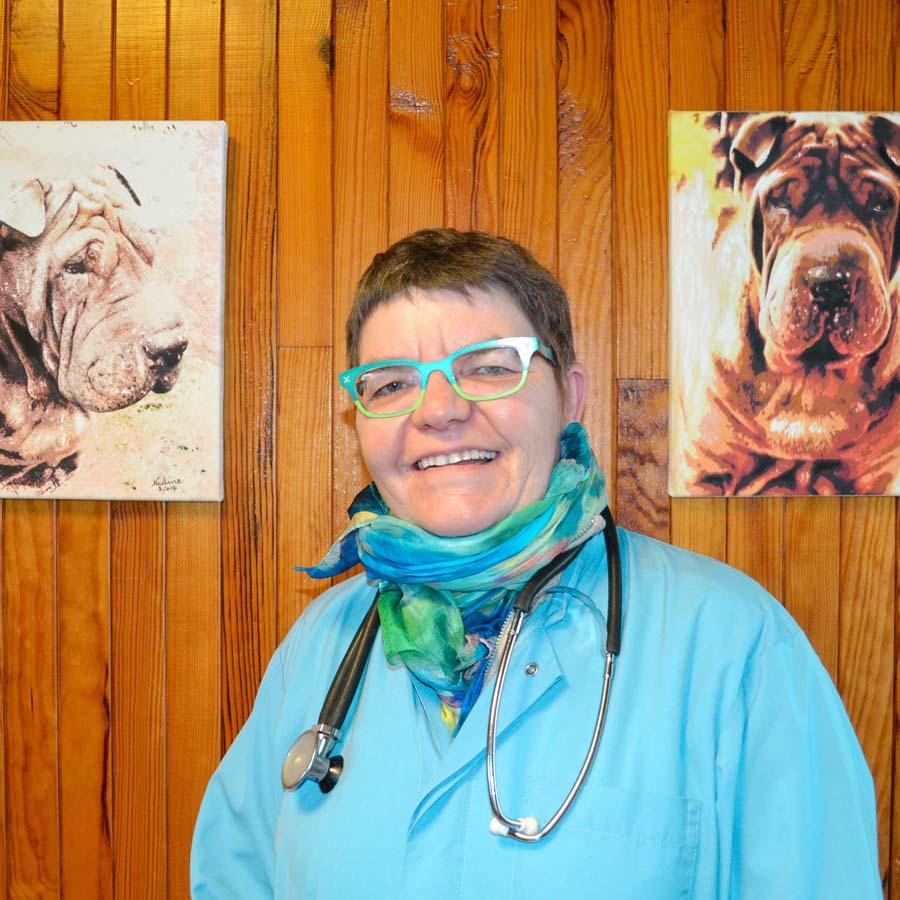 Dr Marie-France CAVERNES